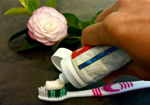 homemade toothpaste naturally in italy